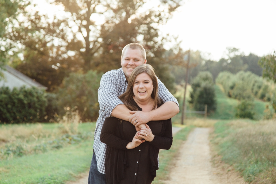 barnards-orchard-chester-county-pa-couple-pictures_0011