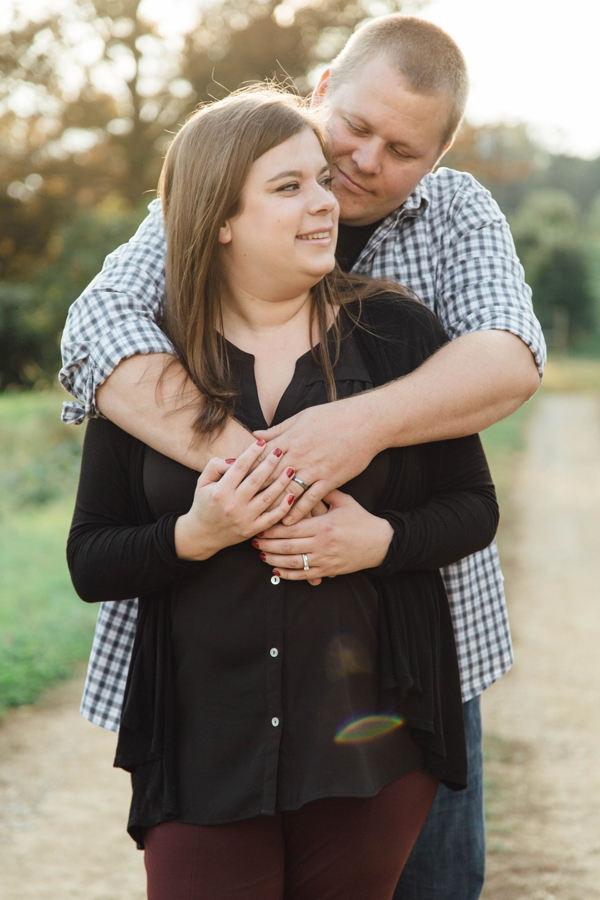 barnards-orchard-chester-county-pa-couple-pictures_0012