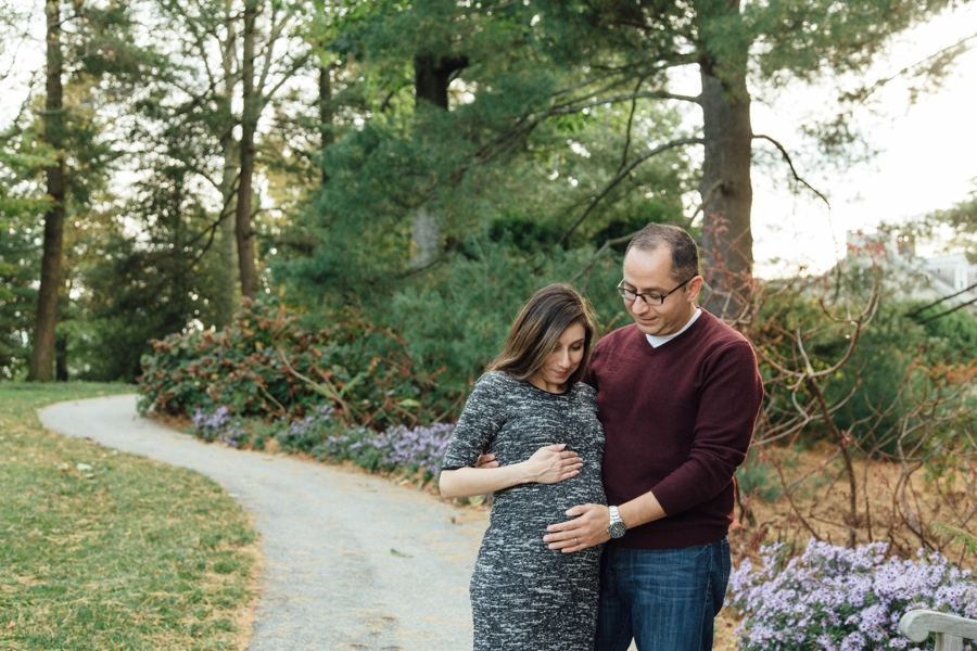 longwood-gardens-maternity-pictures-chester-county-pa_0010