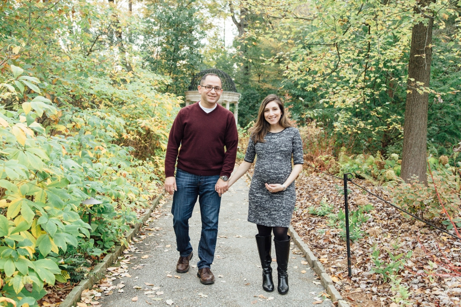 longwood-gardens-maternity-pictures-chester-county-pa_0018